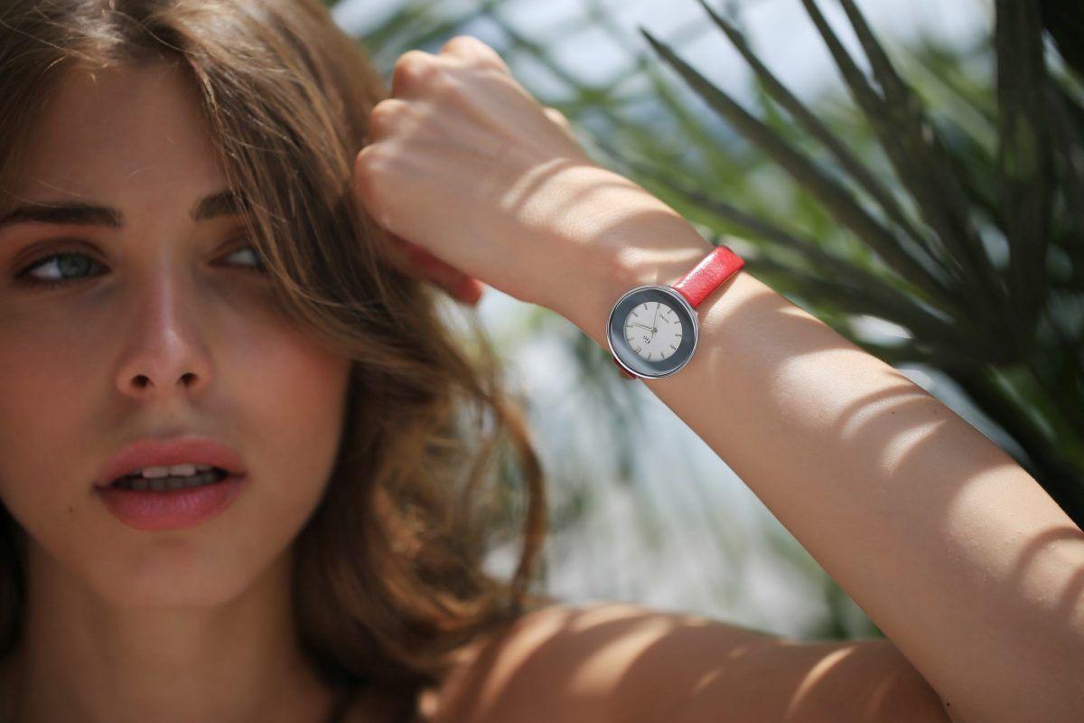 Šarmantna kolekcija Girl Only satova novi je ljetni hit!